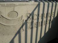 Schulanlage-Zeihen-2b-betonintarsie